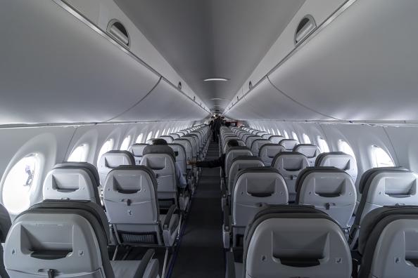 CSeries-cabin