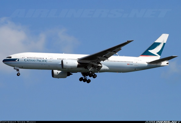 Cathay Pacific Boeing 777-200 | B-HNL